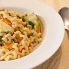 Pasta mit Gemüse und Creme fraiche