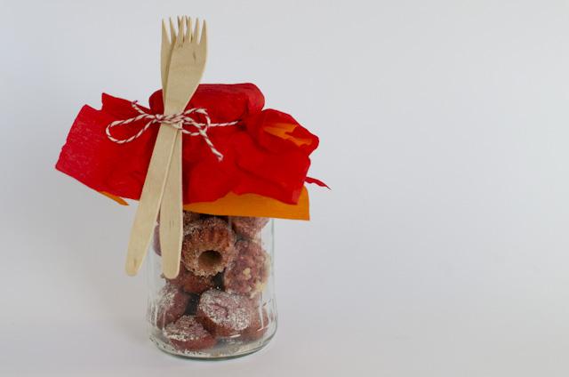 Himbeer-Zitronen-Mini-Gugelhupf als Geschenk