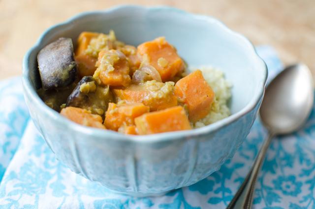 Curry mit Aubergine Süßkartoffel