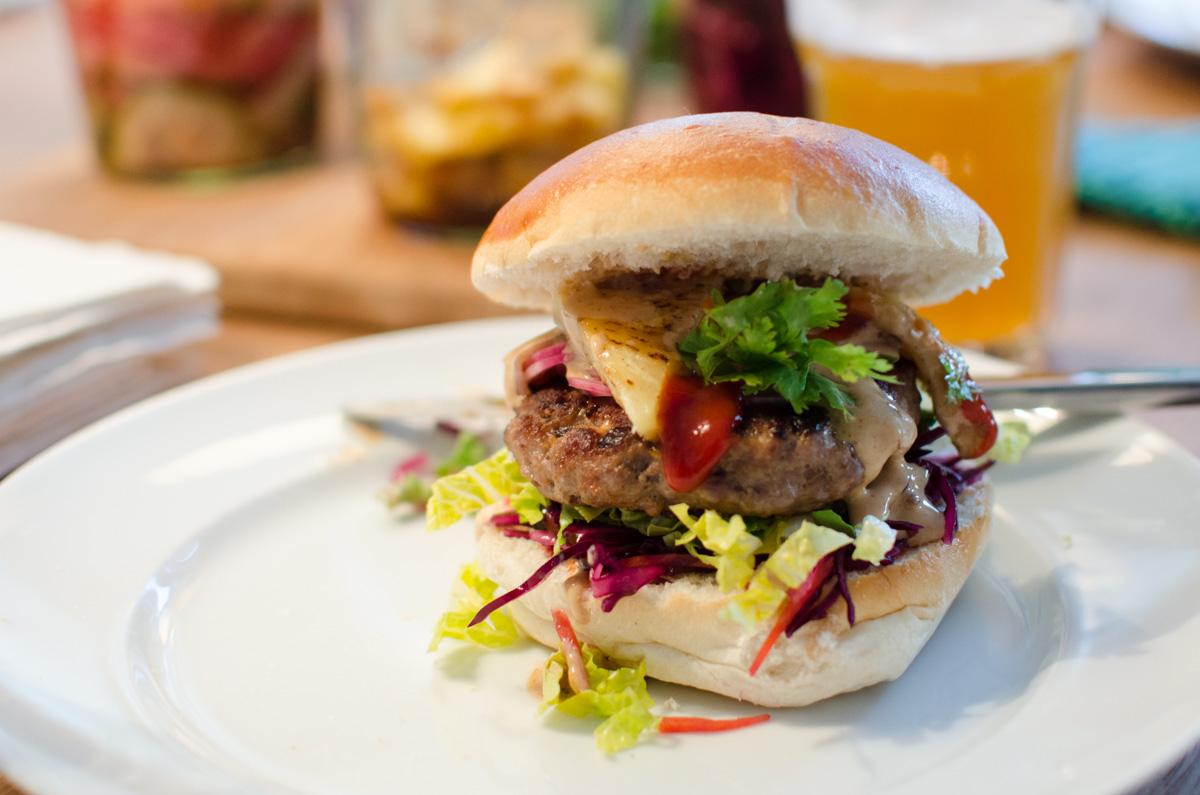Thai-Burger-4815